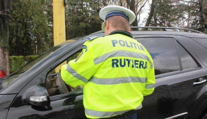 Prinşi pe străzile din judeţul Constanţa, la volan, deşi nu au permis de conducere - controlpolitie-1526455705.jpg