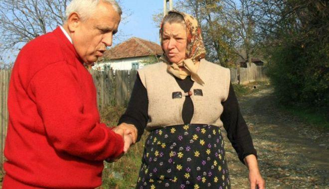 Foto: Cooperativele agricole sar în apărarea ministrului Petre Daea