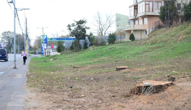 Foto: Constanţa, vândută bucată cu bucată! Blocuri pe spaţii verzi şi supermarketuri în parcări!