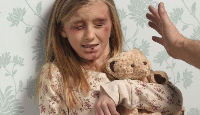Foto: Îți bați copilul ? Ce propunere are un primar din Constanța