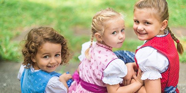Foto: Comisia Europeană avertizează Austria după adoptarea legii privind reducerea alocațiilor copiilor imigranților din statele est-europene