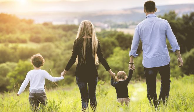 Câți bani primesc de la stat familiile care vor să adopte copii - copii-1617547651.jpg