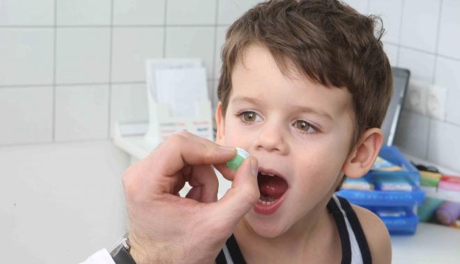 Foto: Cum trebuie administrate medicamentele copiilor