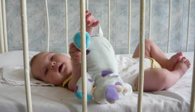 Foto: Copilărie măcelărită de cancer