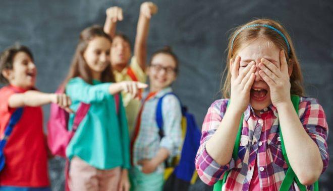 Foto: Copiii din centrele de plasament, acțiune împotriva fenomenului de umilire