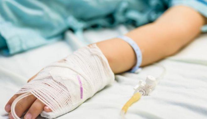 Miting pentru susținerea copilului bătut din Mangalia, aflat în moarte clinică - copilbatutsursadigi24-1581373383.jpg