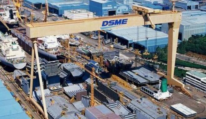 Foto: Coreea de Sud pierde poziţia de lider pe piaţa construcţiilor de nave