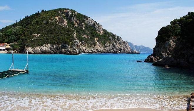 Foto: Români, atenţie! Vreţi să plecaţi în Insula Corfu? Mai gândiţi-vă!