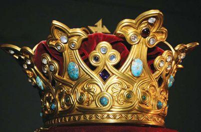 Coroana Reginei Maria, expusă la București - coroanareginei-1319043045.jpg