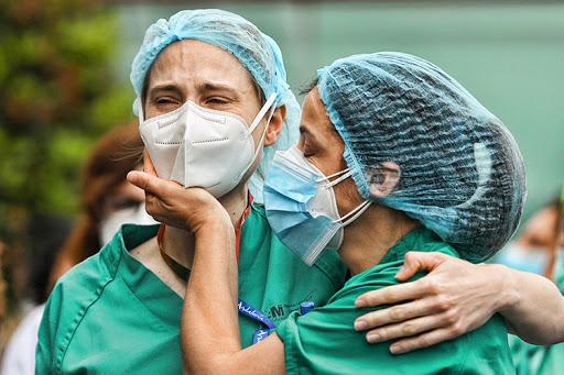 Foto: Numărul îmbolnăvirilor de coronavirus a depășit 6 milioane în lume