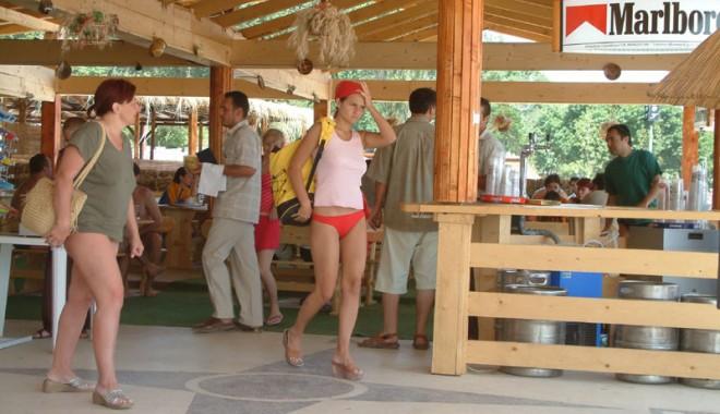 Foto: Nouă inspectori sanitari veterinari au în pază siguranţa alimentară a turiştilor