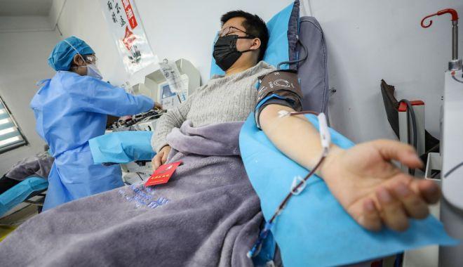 Cel mai tânăr român care s-a vaccinat anti-COVID este din Bucureşti şi are 16 ani - covid19inchina-1615057641.jpg