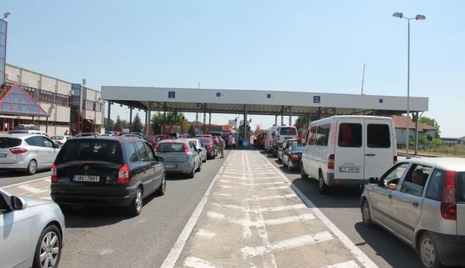Foto: Controale înăsprite la trecerea frontierei. De ce documente aveţi nevoie