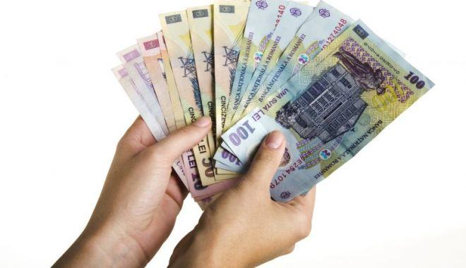 LOVITURA ZILEI PENTRU ROMÂNII CU CREDITE ÎN LEI - crediteinlei810x558-1523871700.jpg