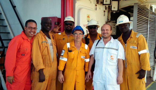Foto: Cresc salariile navigatorilor de pe navele cu pavilion de complezență