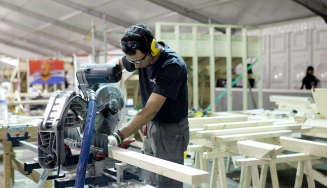 Foto: Iată cu cât a crescut producția industrială