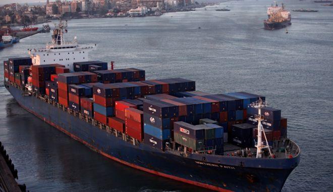 Foto: Creștere spectaculoasă  a veniturilor Canalului Suez