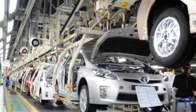 Foto: Creştere spectaculoasă a cifrei de afaceri din industrie