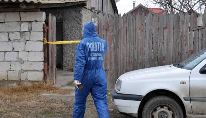 Foto: Crim� cu s�nge rece �n cartierul Palas. Femeie ucis� sub ochii celor trei copii ai ei