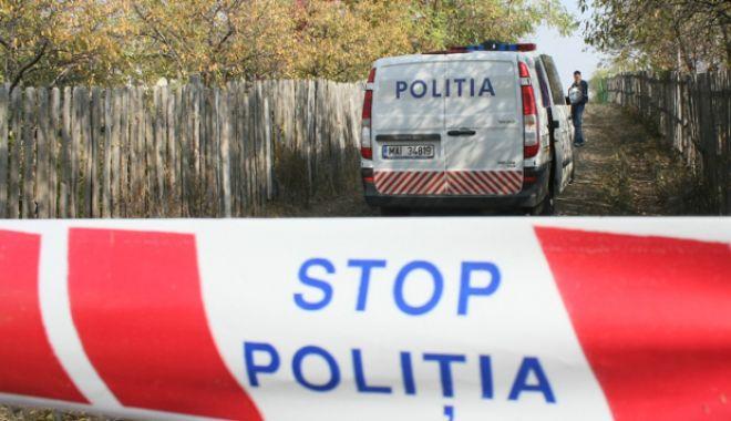 Foto: DESCOPERIRE ȘOCANTĂ. Două surori au fost găsite îmbrățișate și fără viață