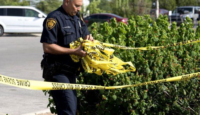 Foto: Zece persoane împușcate într-un ansamblu rezidențial