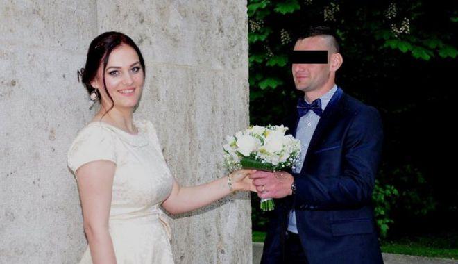 Foto: TÂNĂRĂ ÎNJUNGHIATĂ MORTAL DE PROASPĂTUL SOŢ. Crima, descoperită după un grav accident de circulaţie