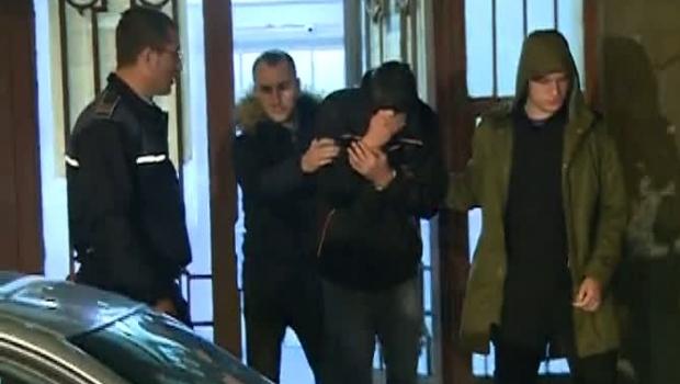 Foto: Bărbatul care şi-a înjunghiat soţia într-o grădiniţă, condamnat la închisoare pe viaţă