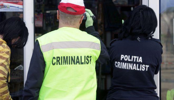 Foto: CRIMĂ TERIBILĂ! Femeie înjunghiată de fostul iubit