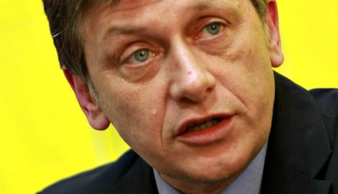 Crin Antonescu / La reuniunea de la Constanța nu va fi o lansare a candidaturii mele la Președinție - crinantonescu-1377444068.jpg