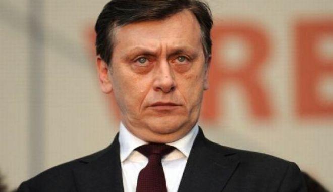 Foto: ALEGERI EUROPARLAMENTARE 2019: Crin Antonescu revine în politică, va candida pe listele PNL