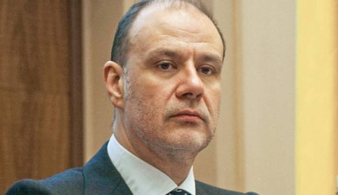 Foto: Cristian Popa propus vicepreşedinte al Băncii Europene de Investiţii