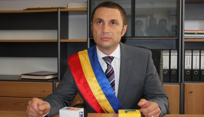 Foto: Cristian Radu se întâlneşte cu agenţii economici