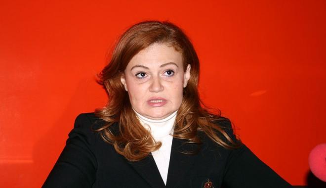 Foto: PDL cere demisia ministrului Sănătăţii, pe care îl acuză de incompetenţă şi nepăsare