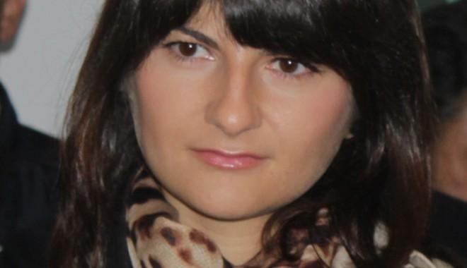 Ce reprezentante ale sexului frumos intră în lupta electorală din Constanţa - cristinadumitrache-1352827555.jpg