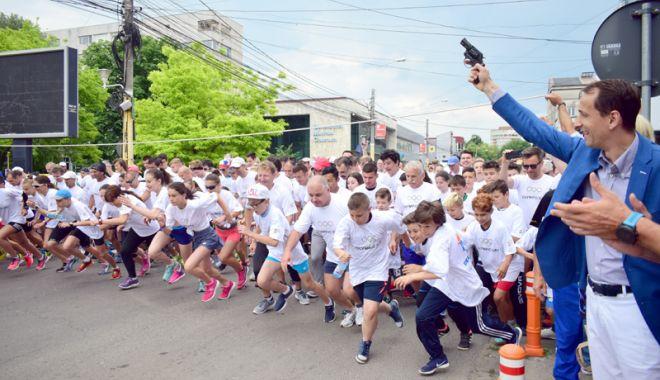 Foto: Alergăm împreună la Crosul Ziua Olimpică, la Constanţa!