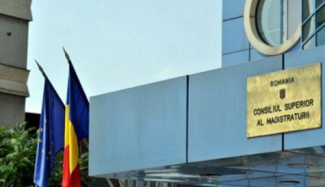 Foto: Judecător de la Curtea de Apel Constanţa, sancţionat de CSM cu scăderea salariului după ce a criticat CCR