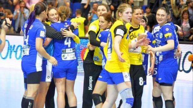 Foto: CSM Bucureşti, aproape de turneul Final Four al Ligii Campionilor, după 34-21 cu Metz