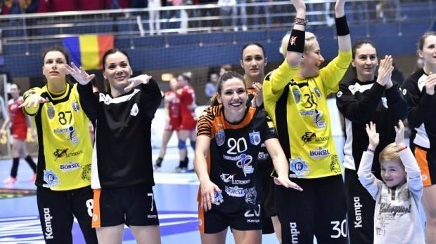 Foto: Handbal feminin: CSM Bucureşti - Metz, în sferturile Ligii Campionilor