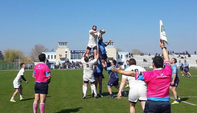 Foto: CS Năvodari  a câştigat lejer derby-ul  cu Ştiinţa Petroşani