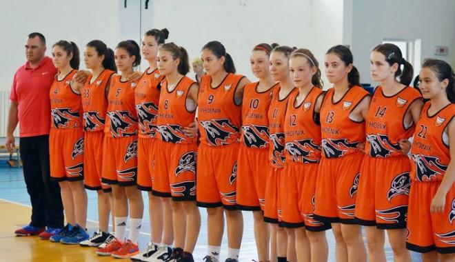 Foto: CS Phoenix şi CSS 1 fac echipă comună  la Naţionalele de baschet feminin