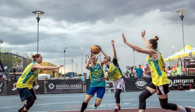 Foto: CS Phoenix, pe primul loc la Sport Arena Streetball Bucureşti