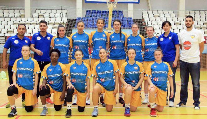 Foto: Liga Naţională de baschet feminin  CS Phoenix-Ştiinţa, primul duel în grupa de elită