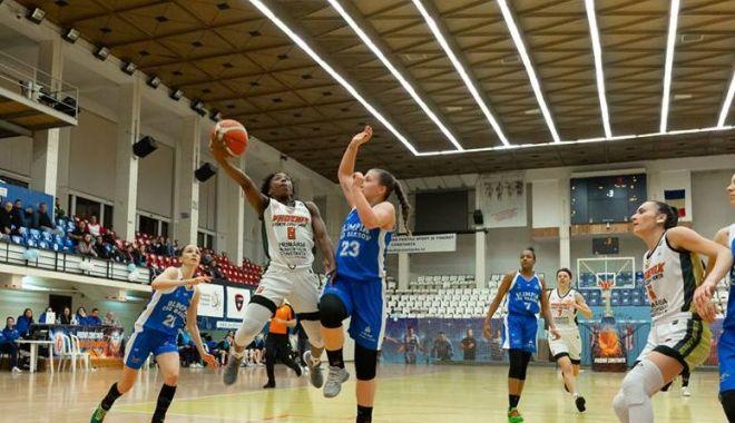 Foto: CS Phoenix-Ştiinţa înfruntă pe CSU Cluj, pentru locul 6 în Liga Naţională