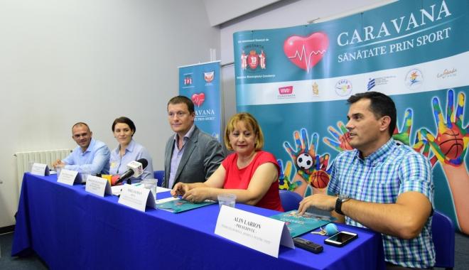 """Foto: """"Caravana - Sănătate prin Sport"""" ajunge în şcolile din municipiul Constanţa"""