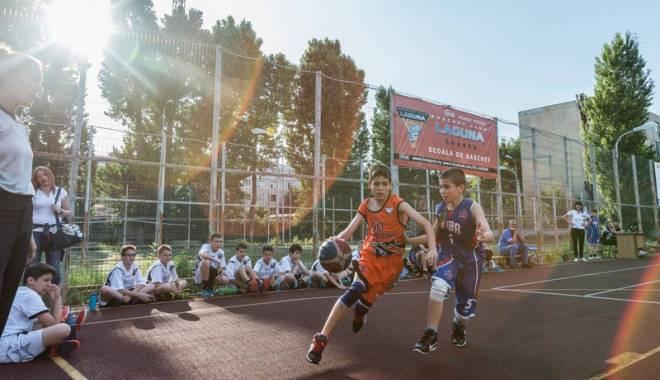 Foto: CSS Phoenix începe vara în forţă! Cupa Maritimo la streetball, un real succes