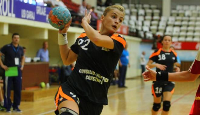 Foto: Handbal feminin: CSU Neptun, victorie pe terenul mureșencelor