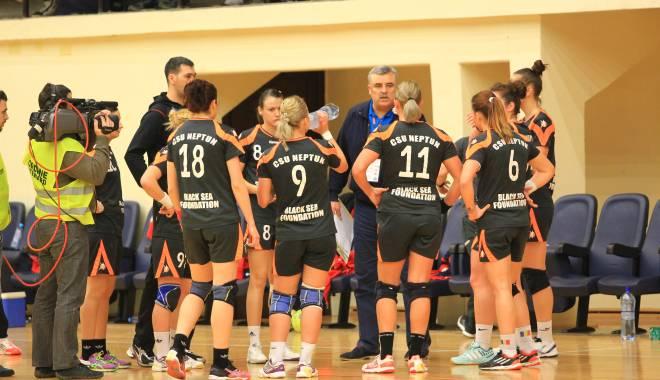 Foto: Handbal feminin: CSU Neptun va întâlni HCM Baia Mare, în semifinalele Cupei României