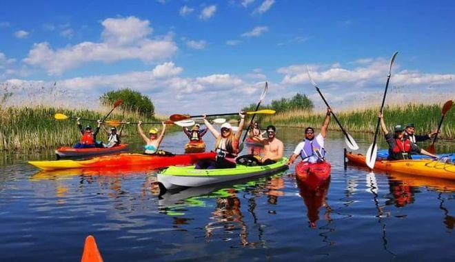 O călătorie inedită, cu caiacul în Delta Dunării - cucaiaculindelta-1623953553.jpg
