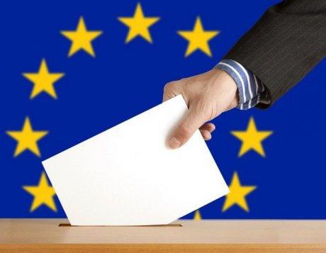 Foto: Alegeri europarlamentare. MAI: Procesul de vot a început fără probleme