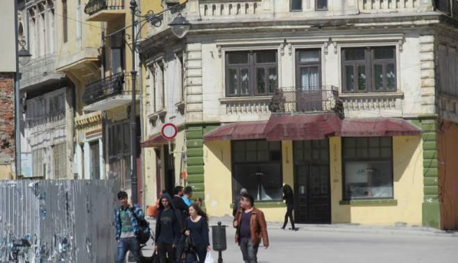 """Foto: """"Undă verde""""! Cum salvăm clădirile istorice ale Constanţei"""